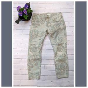 Cabi palm leaf green cropped skinny jeans